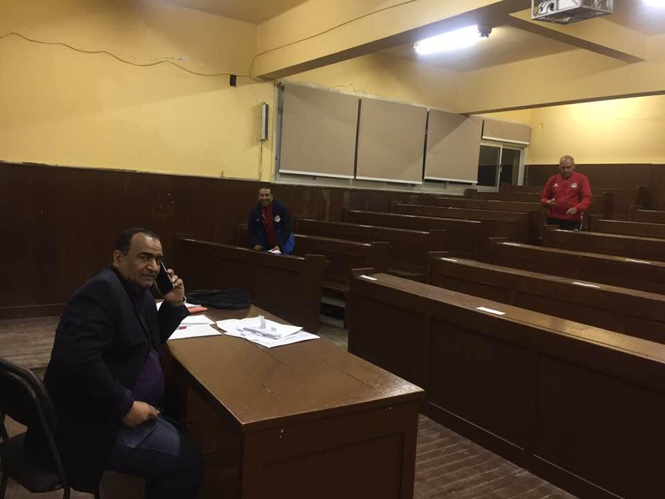 عزب حجاج سكرتير لجنة الحكام الرئيسية يتابع الأستعدادات للامتحانات