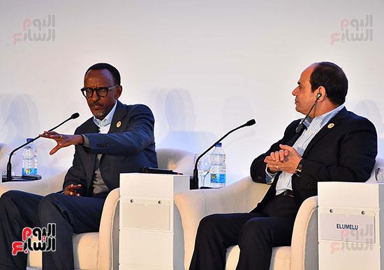 صور  السيسى فى جلسة تعزيز ريادة الأعمال بأفريقيا (2)