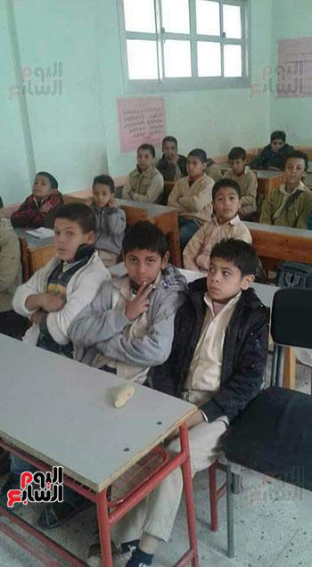 51612-القدس-عربية-فى-الحصة-الأولى-للمدارس--(2)