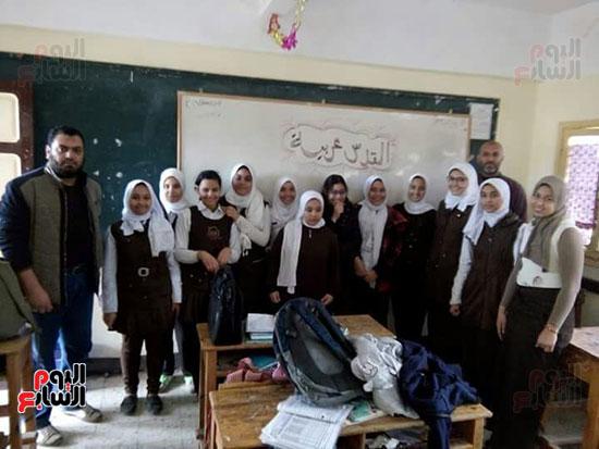 47411-القدس-عربية-فى-الحصة-الأولى-للمدارس--(3)