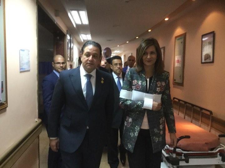 جانب من زيارة ويرة الهجرة للمواطن المصرى بالكويت  (3)