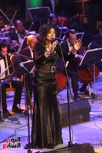 صور حفل وداعا شادية على المسرح الكبير بدار الأوبرا المصرية (14)