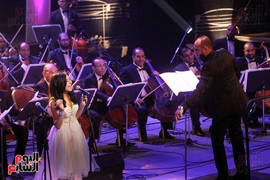 صور حفل وداعا شادية على المسرح الكبير بدار الأوبرا المصرية (12)