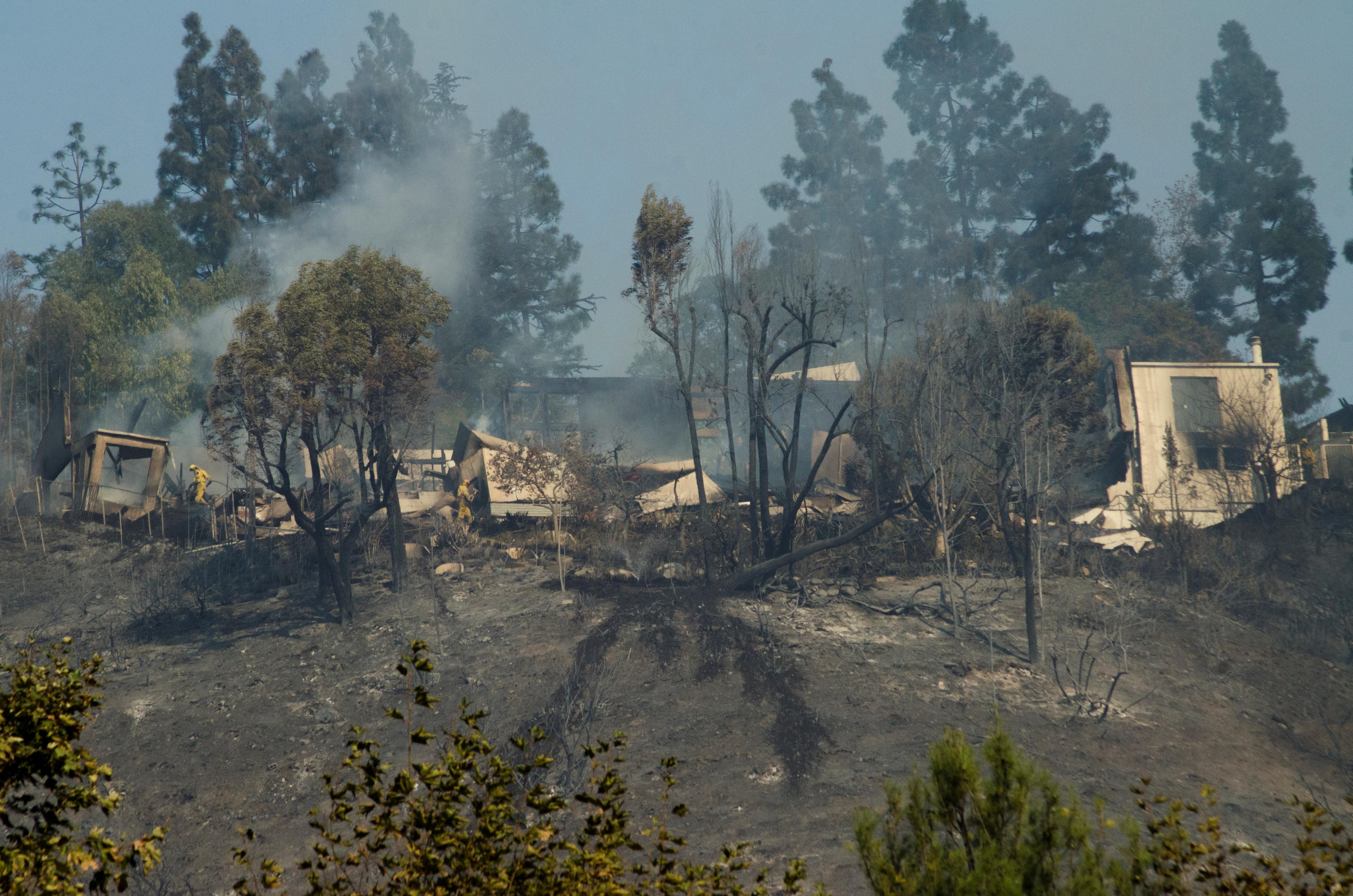 دمار فى كاليفورنيا  بسبب الحرائق