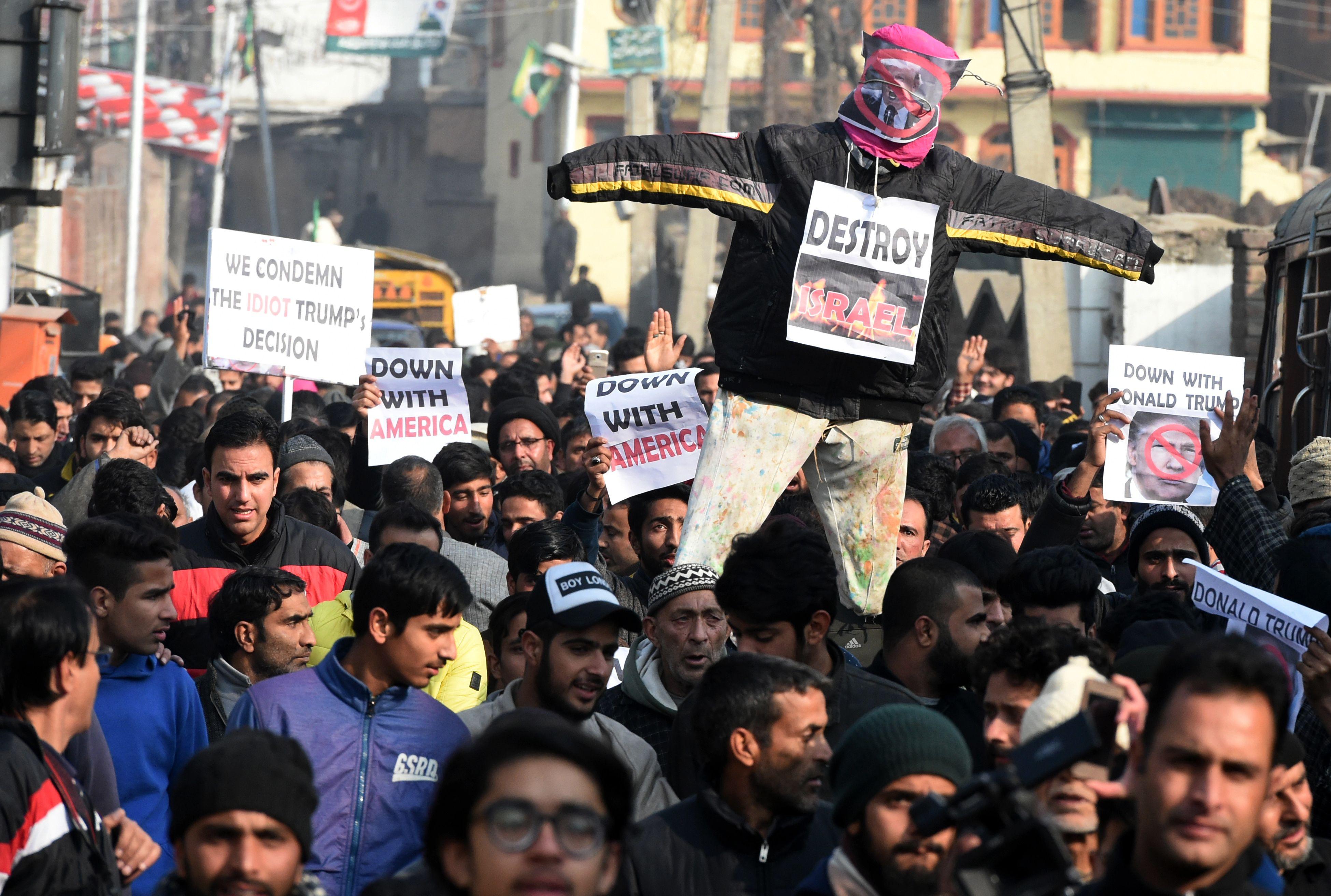 احتجاجات تضامنية مع فلسطين فى الهند
