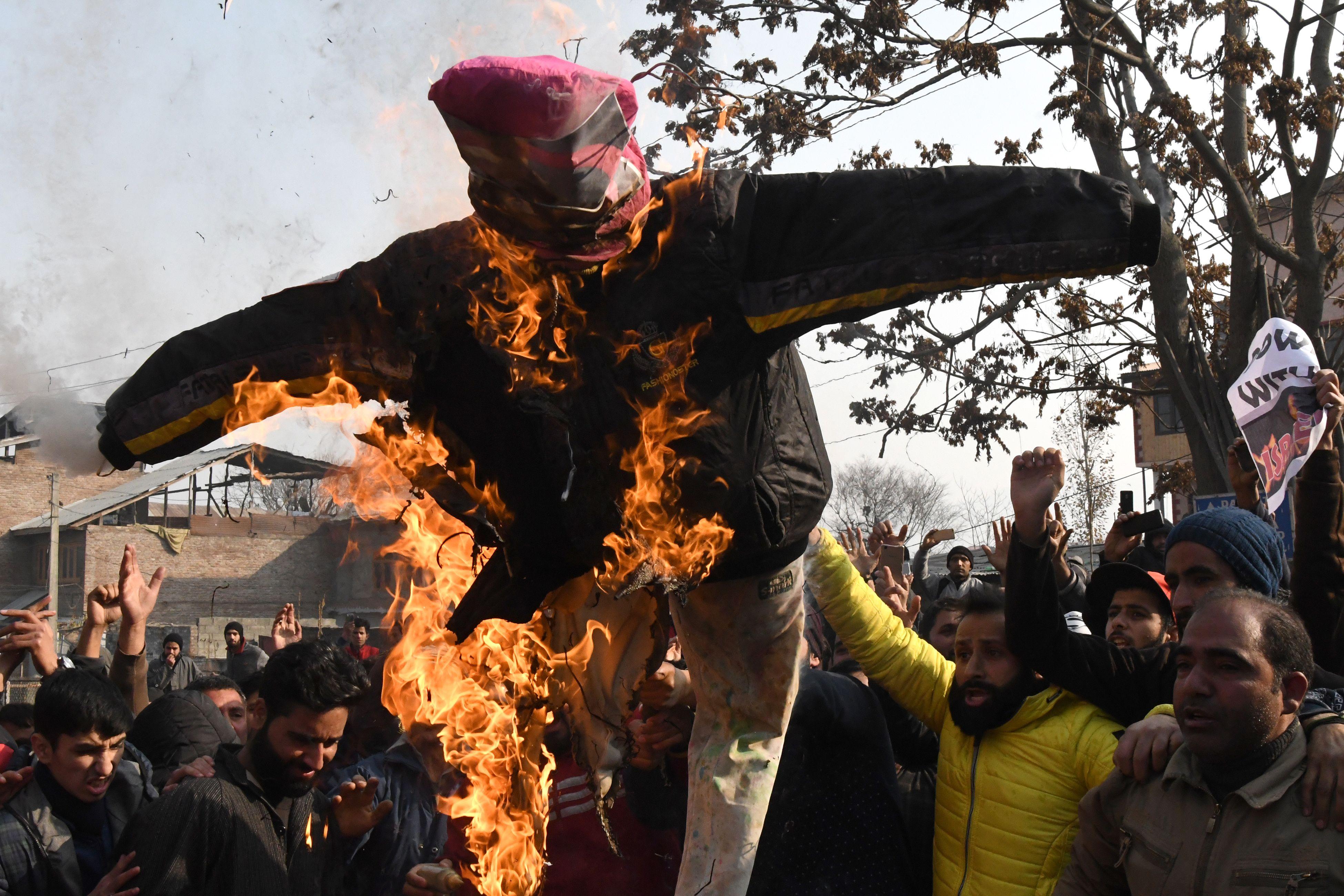 حرق دومية لترامب فى الهند