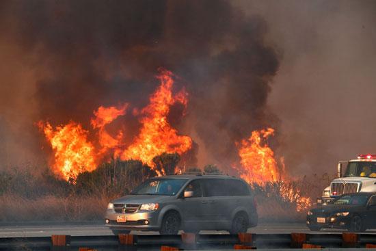 حرائق-كاليفورنيا--تلتهم-منازل-السكان