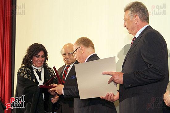 حفل توزيع جوائز الدورة الـ43 من مهرجان جمعية الفيلم السنوى (12)