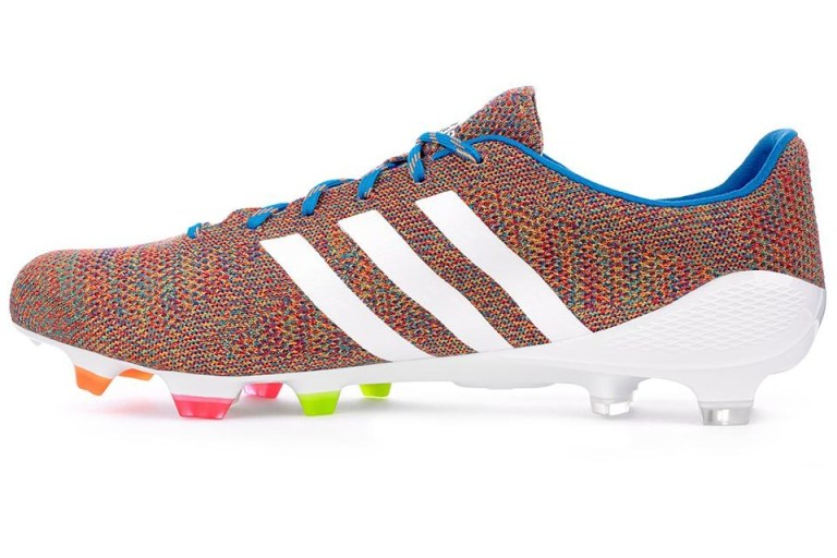a1519017e بالصور.. أسوأ 10 تصميمات لأحذية كرة القدم فى العالم - اليوم السابع