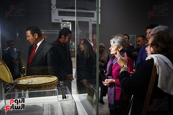 وزير الآثار يستقبل إيرينا بوكوفا فى متحف الفن الإسلامى (14)