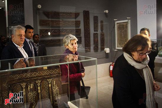 وزير الآثار يستقبل إيرينا بوكوفا فى متحف الفن الإسلامى (6)