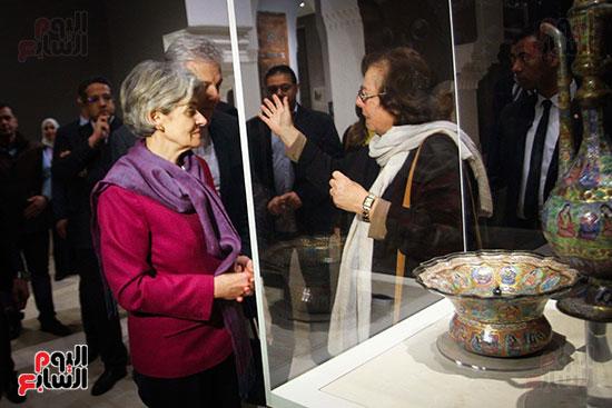 وزير الآثار يستقبل إيرينا بوكوفا فى متحف الفن الإسلامى (11)