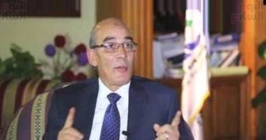 الدكتور عبد المنعم البنا وزير الزراعة واستصلاح الاراضى الجديد