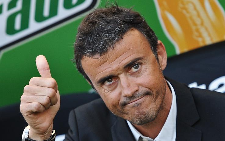 لويس أنريكى مدرب برشلونة الإسبانى