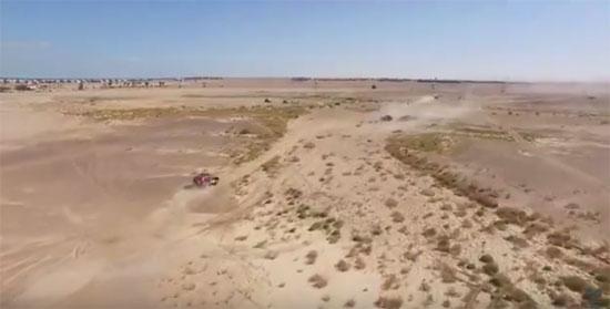 طائرة بدون طيار ترصد المنشآت الحيوية فى البحر الأحمر (2)
