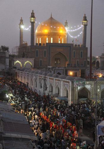 صورة قديمة توضح حجم المحتشدين للاحتفال الصوفى