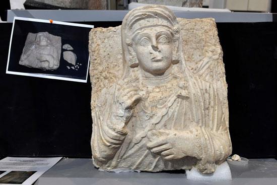 أحد-التماثيل