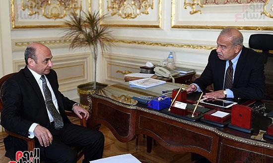 شريف اسماعيل و  عمر مروان، وزير شئون مجلس النواب (2)