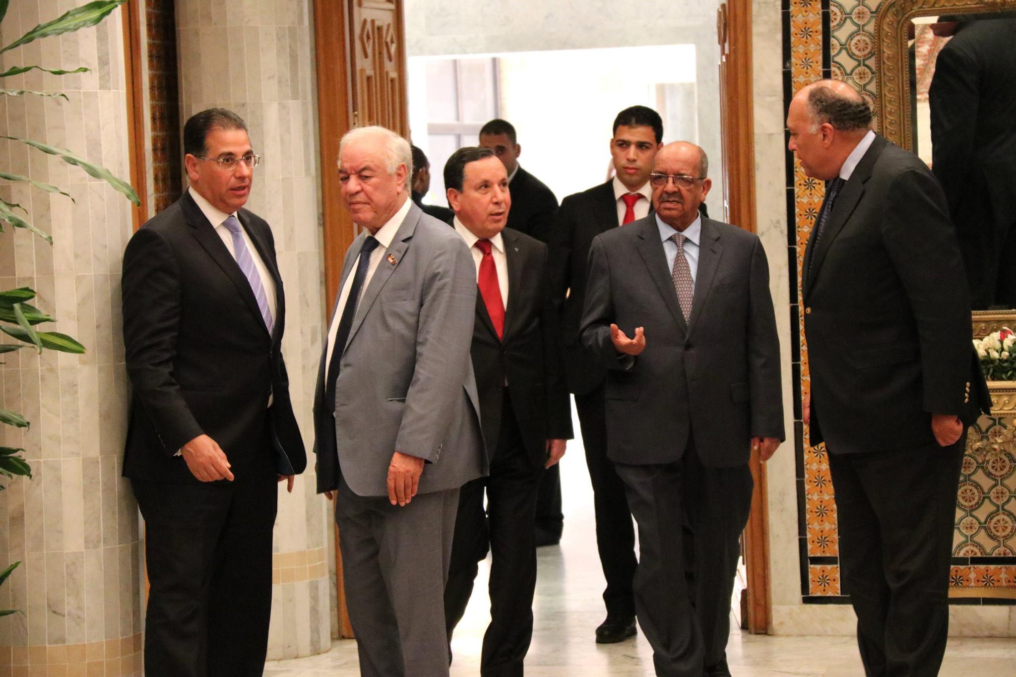 جانب من حضور الوزراء للإجتماع