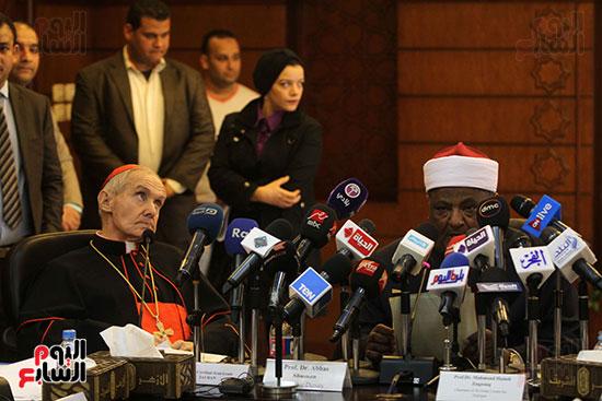 مؤتمر مشيخه الازهر والمجلس الباباوى (28)