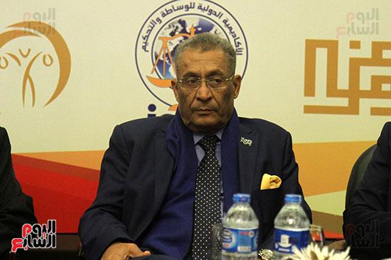 الدكتور صابر عمار الأمين المساعد لاتحاد المحامين العرب