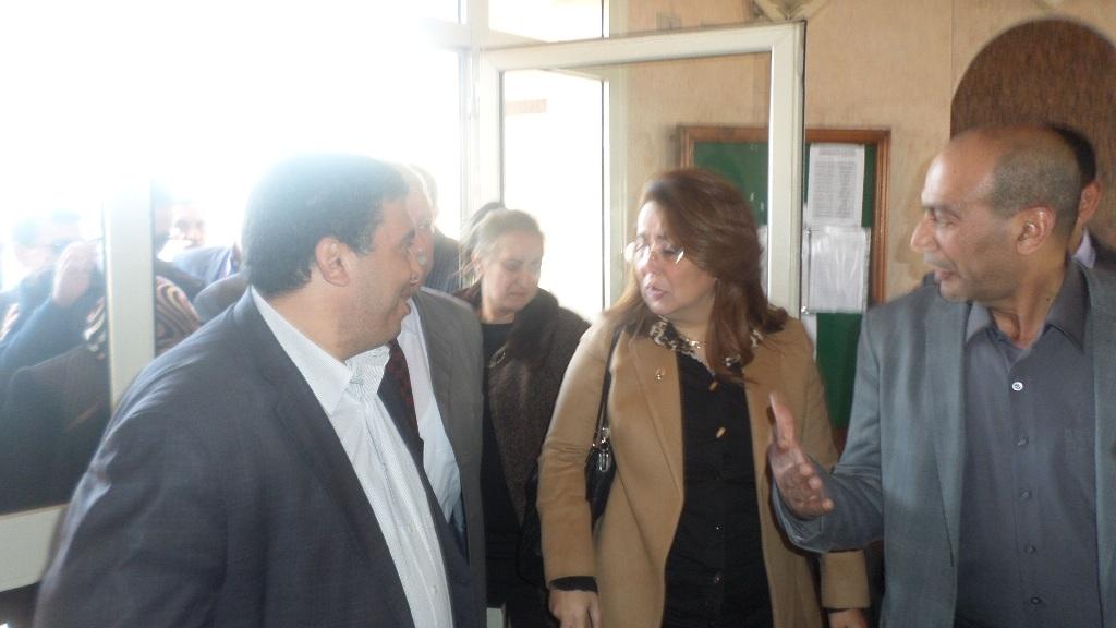 وزير التضامن تصل الاسماعيلية وتلتقى الاسر المسيحية (1)