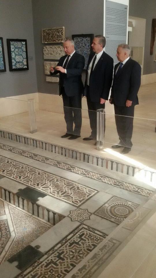 نائب رئيس وزراء المجر فى المتحف الفن الإسلامى
