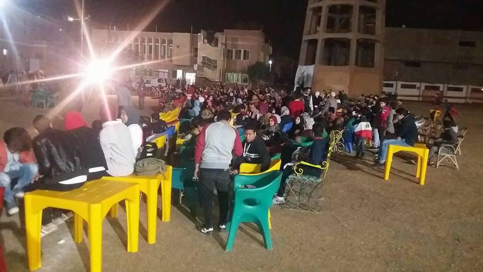 الجماهير فى محافظة المنيا  (8)