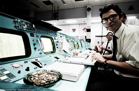 مراقبة البعثة خلال مهمة أبولو 11