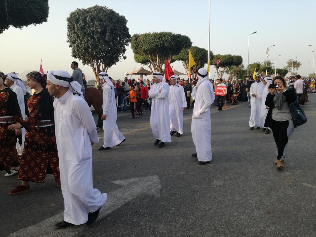 مسيرات بكورنيش النيل للفرق الشعبية بالأقصر