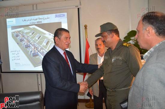 محافظ كفرالشيخ يتابع الاستعدادات لبدء تشغيل محطة الكهرباء