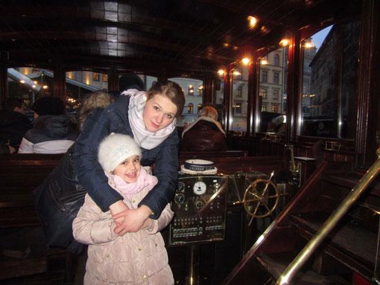 الينا-وابنتها-لوسيا