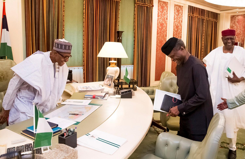 الرئيس النيجيرى ونائبه يبحثان الملفات المعلقة بسبب أجازته المرضية