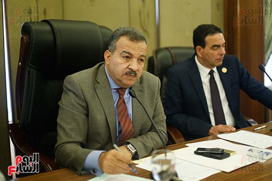 محمد العماري رئيس لجنة الصحة