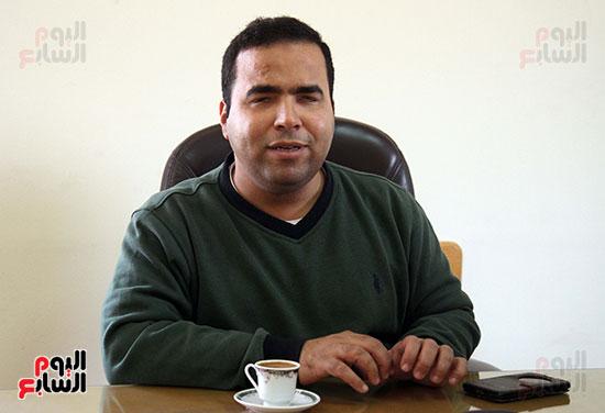 كريم عاطف أول كفيف يتولى إدارة مركز المكفوفين  (7)