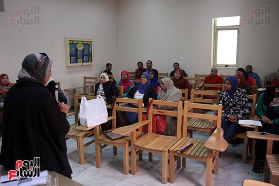 كريم عاطف أول كفيف يتولى إدارة مركز المكفوفين  (2)