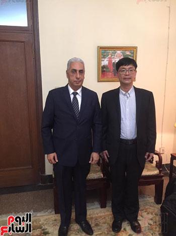 السفير أسامة المجدوب مع نائب رئيس مجموعة شركات Ruyi Group