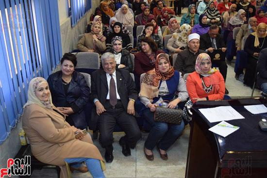 باقى الحضور باحتفالية المرأة المصرية بديوان عام محافظة سوهاج