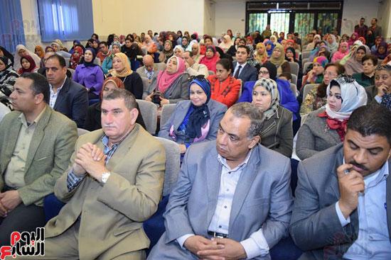 جانب أخر من الحضور باحتفالية يوم المرأة المصرية
