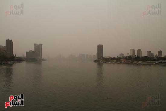 أجواء القاهرة تمتلئ بالأتربة