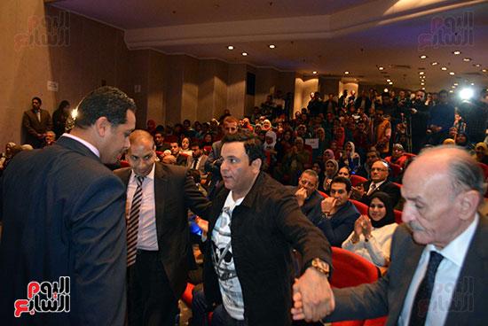 محمد فؤاد فى احتفاليه ام الشهيد (4)