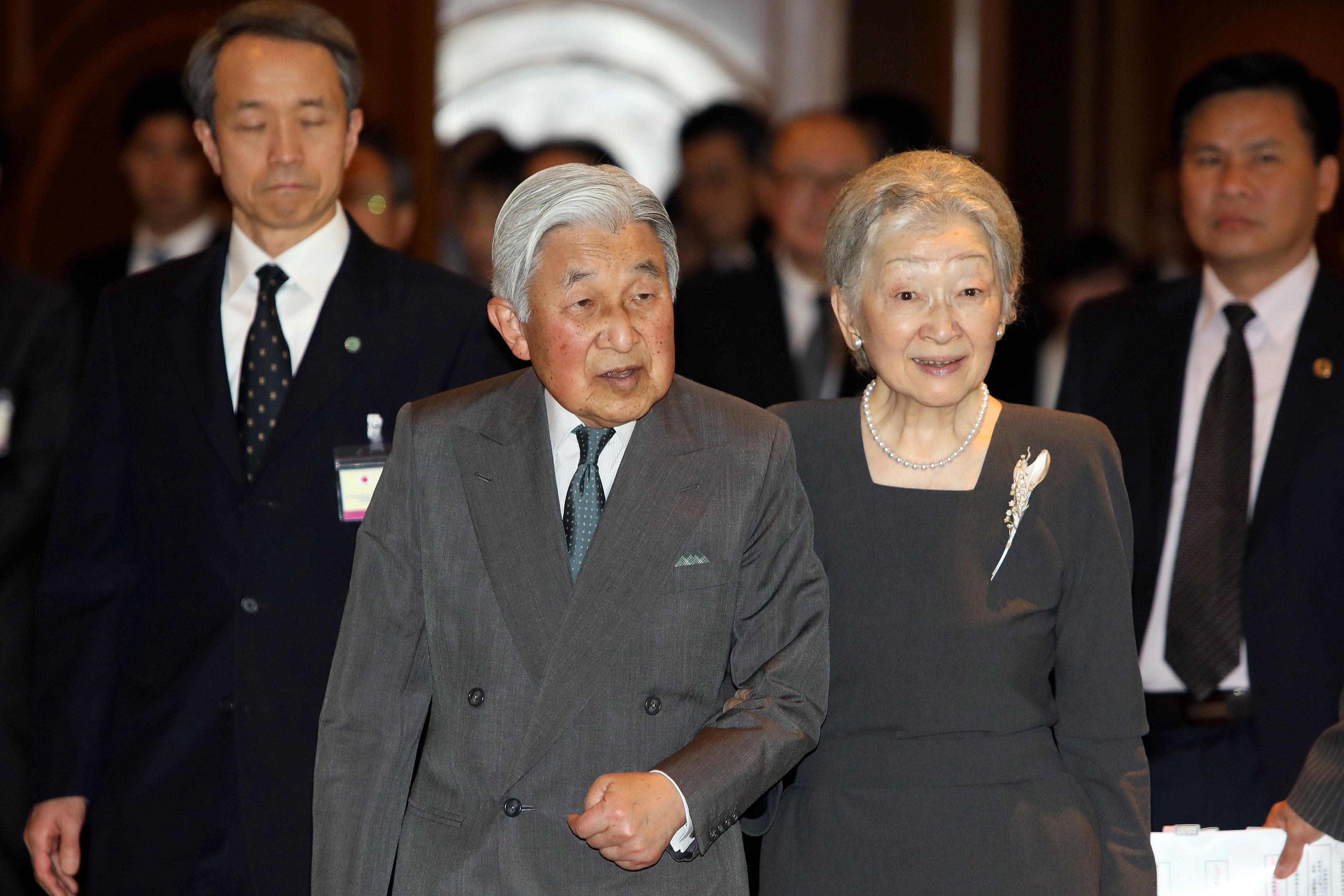 امبراطور اليابان وزوجته