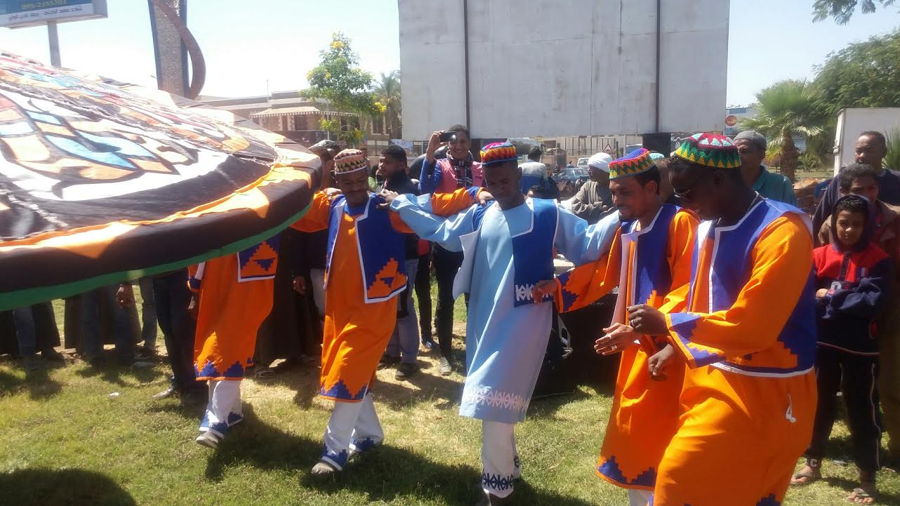 الفنون الشعبية تحتفل بالأقصر عاصمة الثقافة العربية