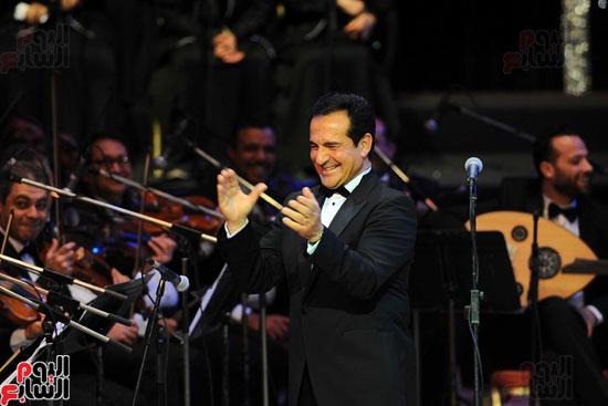 النجم محمد ثروت