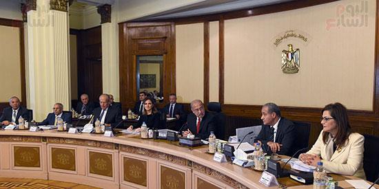 اجتماع مجلس المحافظين برئاسة المهندس شريف اسماعيل رئيس الوزراء