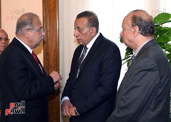 محافظا القاهرة والجيزة مع رئيس الوزراء