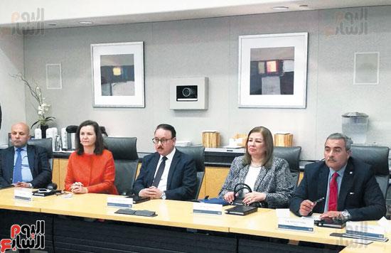 المهندس-ياسر-القاضي-وزير-الاتصالات-خلال-لقائه-مع-جون-تشيمبرز-رئيس-شركة-سيسكو-العالمية