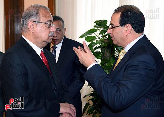 الدكتور أحمد الشعراوى محافظ الدقهلية مع المهندس شريف إسماعيل