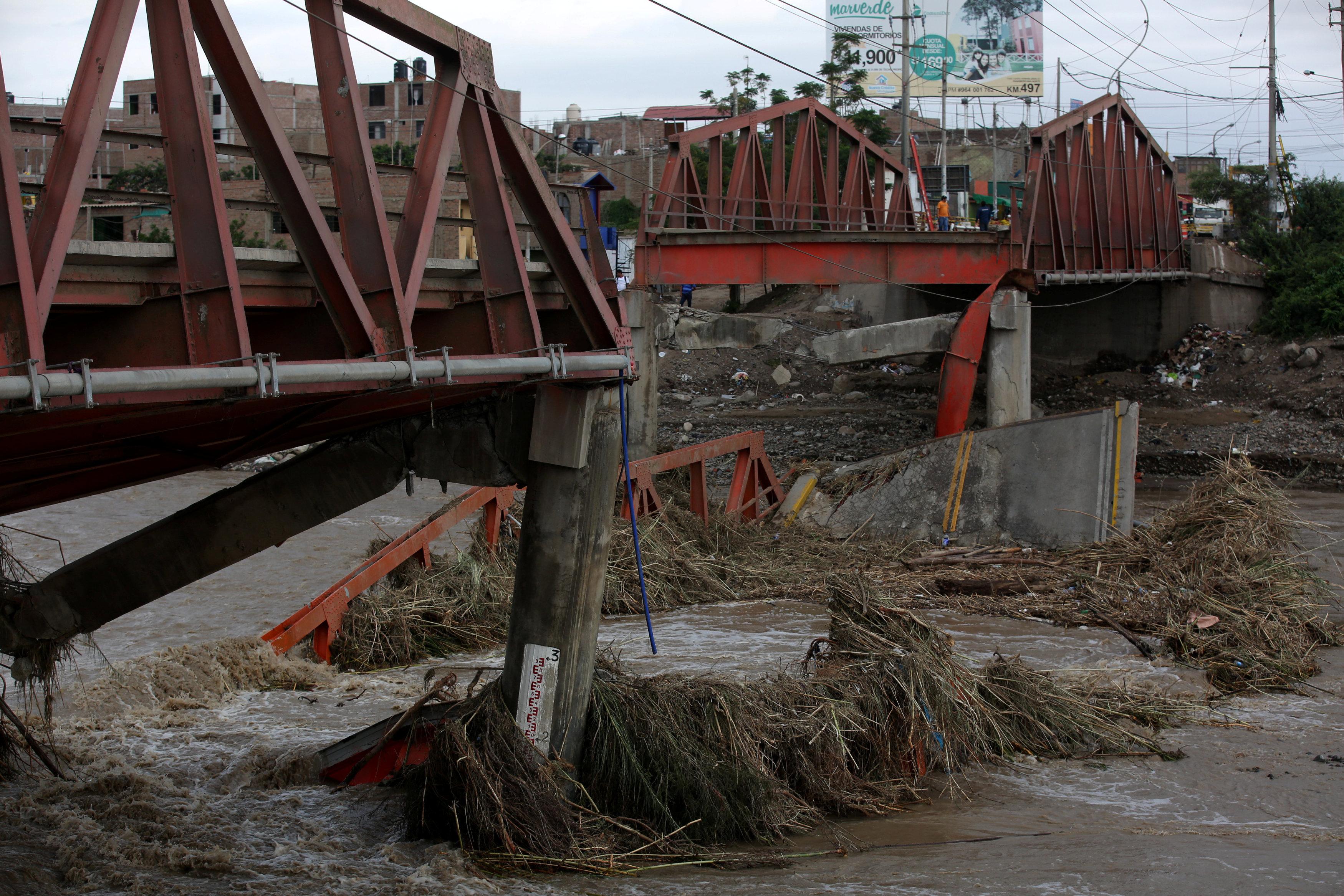 فيضانات عارمة
