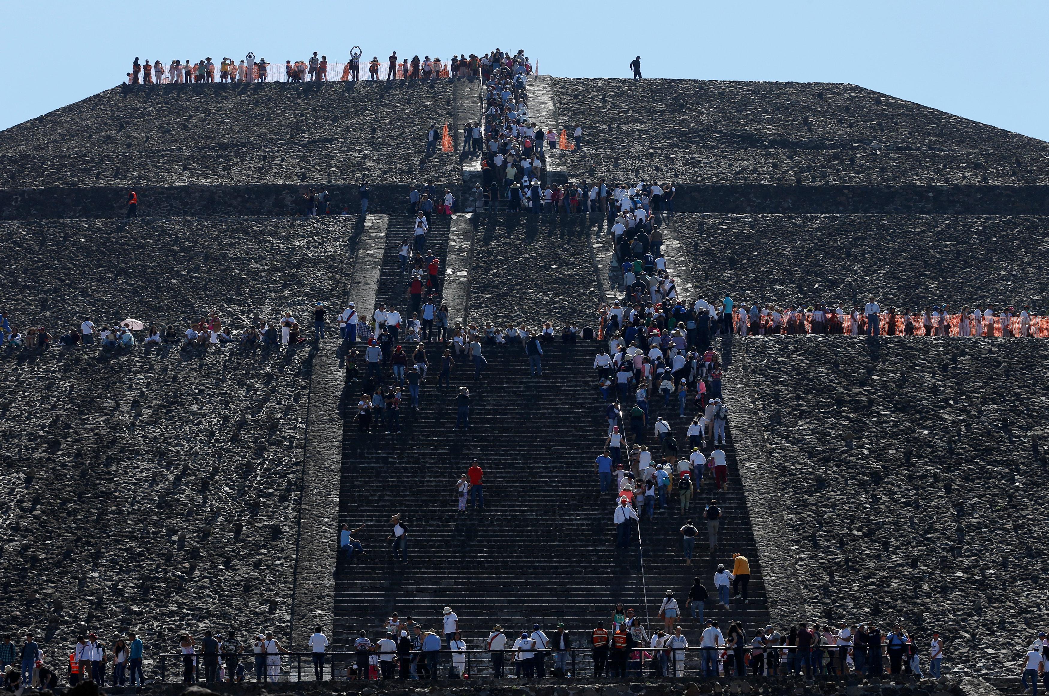 جانب من نزوح المكسيكيين إلى هرم الشمس